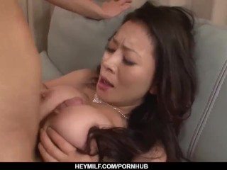 Sexy Asian mom reaches orgasm during sex with h
