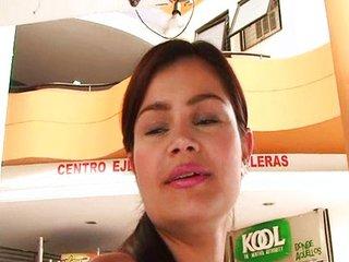 Jevita Linda (Tatiana Flores)