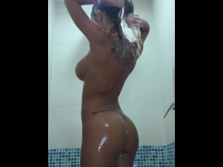 Just_Maria – Vacation Shower