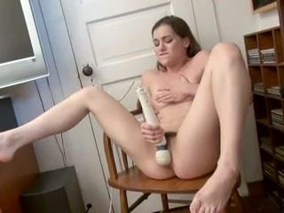 Teen Hitachi orgasm
