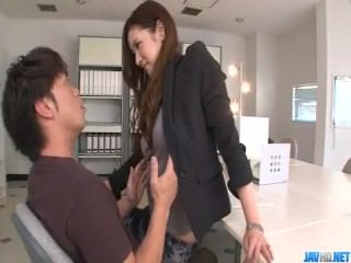 Yui Kasuga feels pleasure in extreme porn scenes