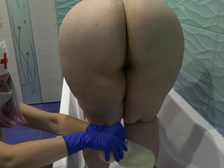 Nurse does fisting for her fat girlfriend