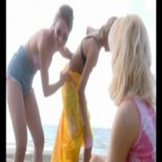 Really hot chicks in the really hot sun – Julia Reaves