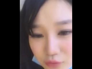 【经典】E奶桃桃 早期作品 直播洗澡摸奶骚到不行