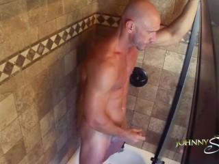 [Johnny Sins] Johnny Masturbates in the Shower