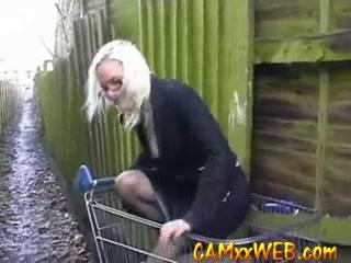 amateur teen blonde in public camxxweb