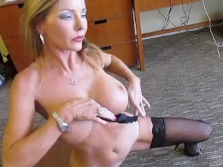 Amber Michaels Dirty Talking solo