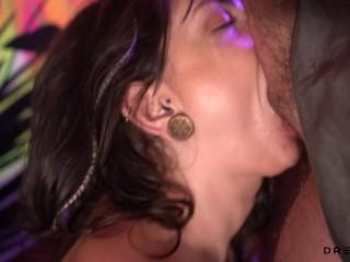Boquete depois da festa termina com Gozada na Cara- Casal Amador Dread Hot