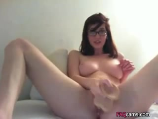 Amateur Young Teen with Glasses Plays with Dildo live on Webcam