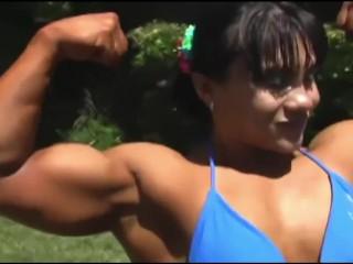 Hazel Piazza flex